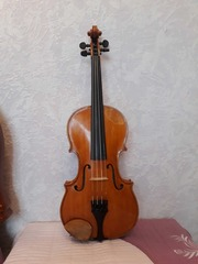 Скрипка,  4 4,  мастера М. Дерфлера,  изготовлена в начале 80-гг